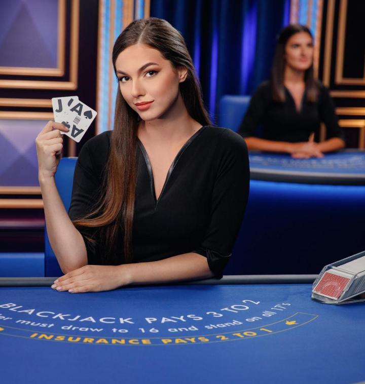 Casino 100 208348